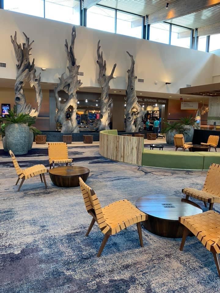 Endless Summer Dockside Inn and Suites Lobby